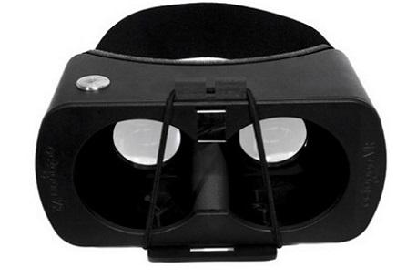 Octagon VR Luna